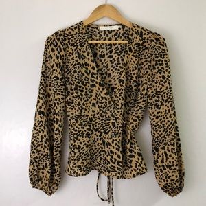 ASTR the label cheetah print wrap top small